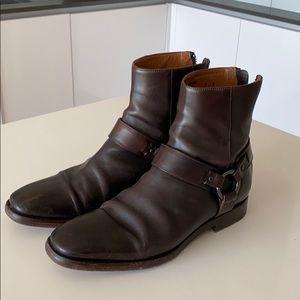 Fye boots